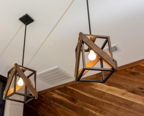 Luminaires rectangulaires en acier et bois